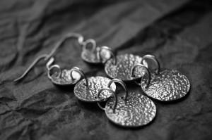 maya_earrings03_web